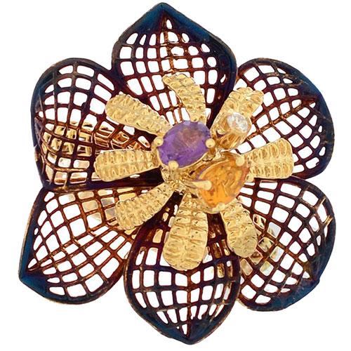 Кольцо Roberto Bravo Colors с покрытым сине-бордовой переливающейся эмалью ажурным цветком с аметистом цитрином и бриллиантом, фото