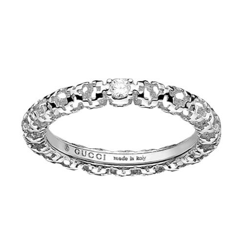 Тонкое кольцо Gucci Diamantissima из белого золота с бриллиантами, фото