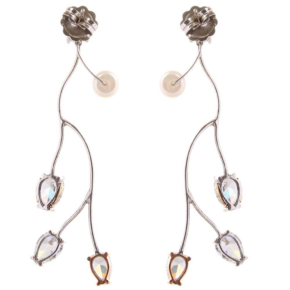 Длинные ажурные серьги-гвоздики Campos с бриллиантами и жемчугом