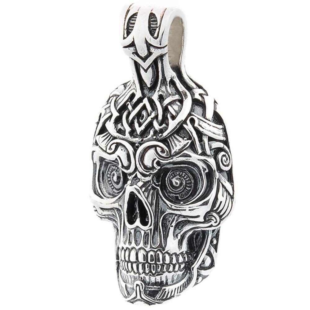 Серебряная подвеска в форме черепа