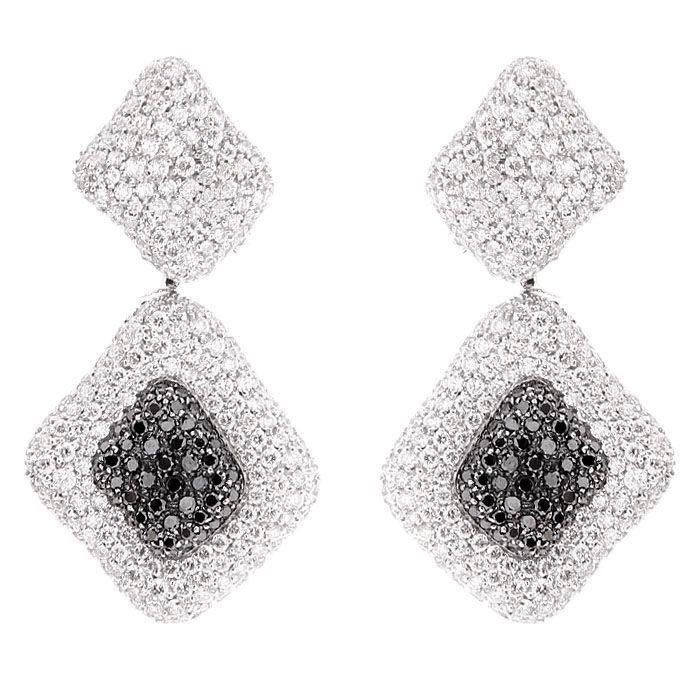 Серьги Mario Panelli из белого золота в россыпи белых и черных бриллиантов