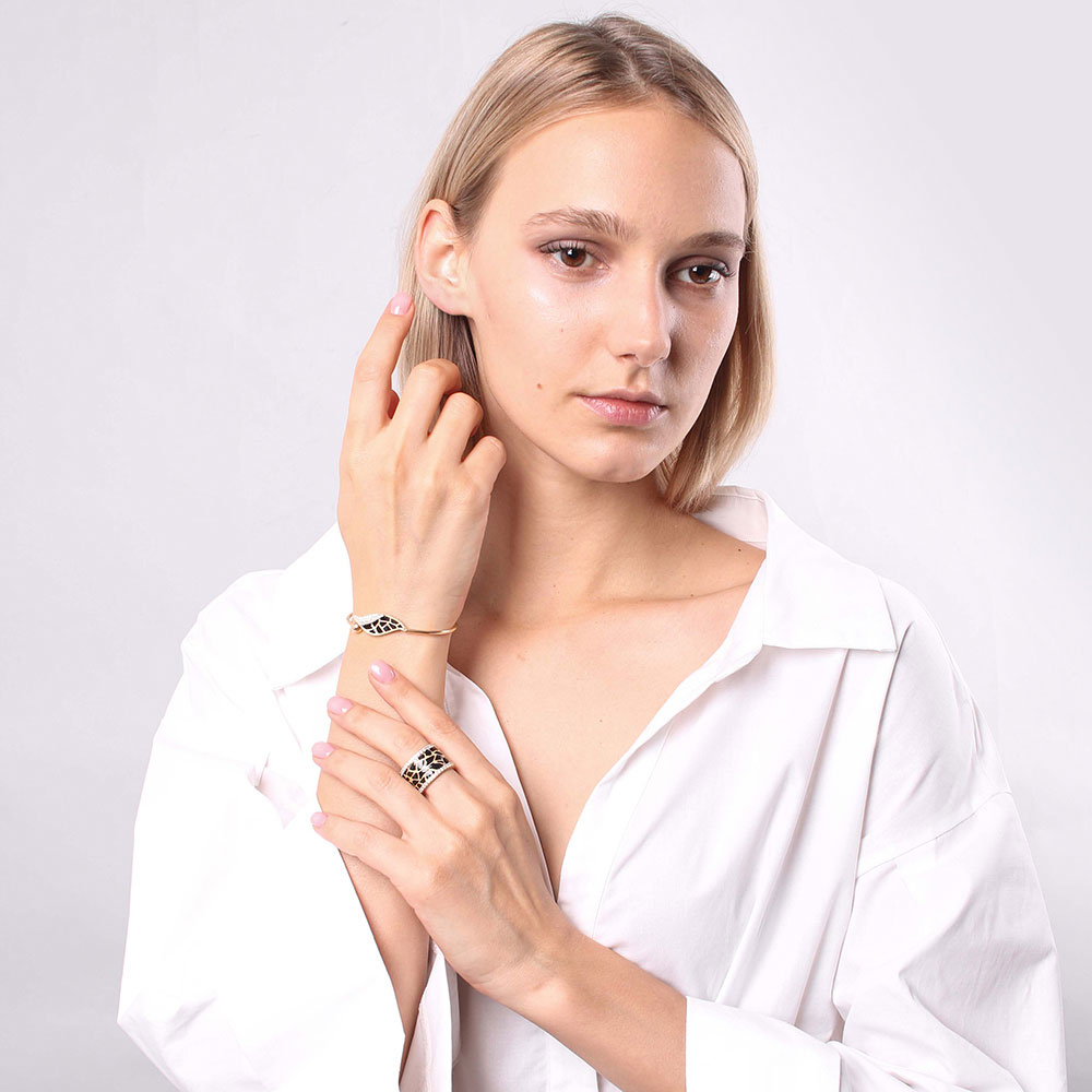 Широкое кольцо Misis Artemide с эмалевой росписью