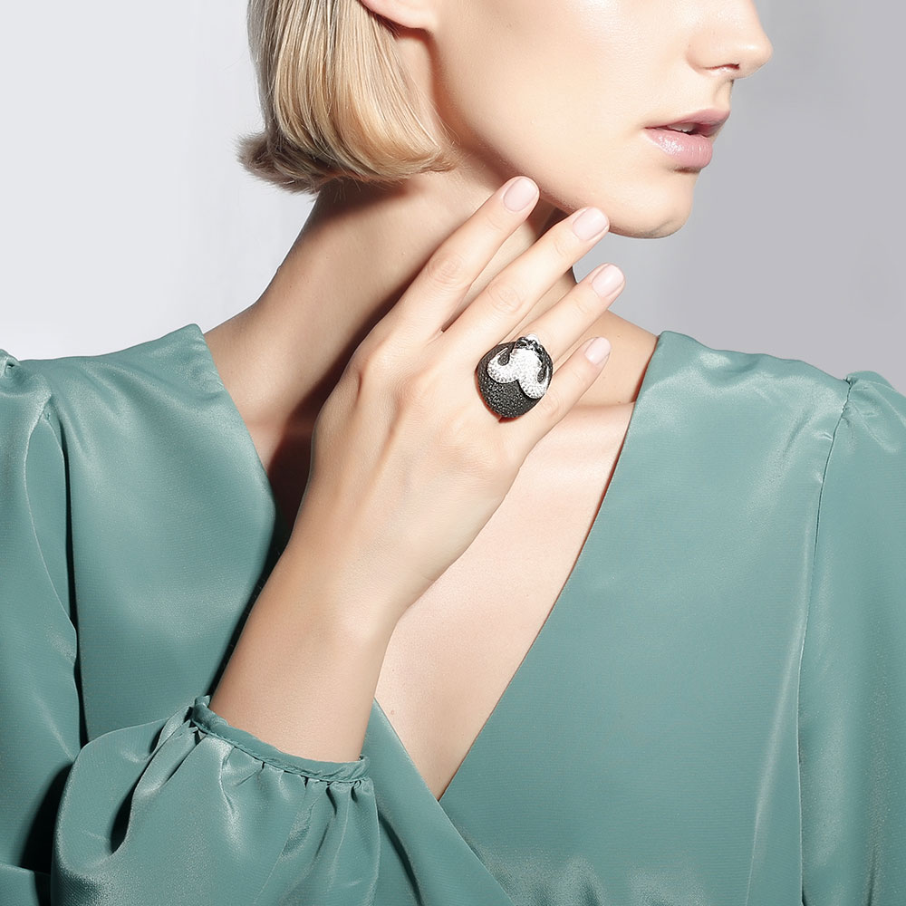 Серебряное кольцо Misis Казанова с цирконами