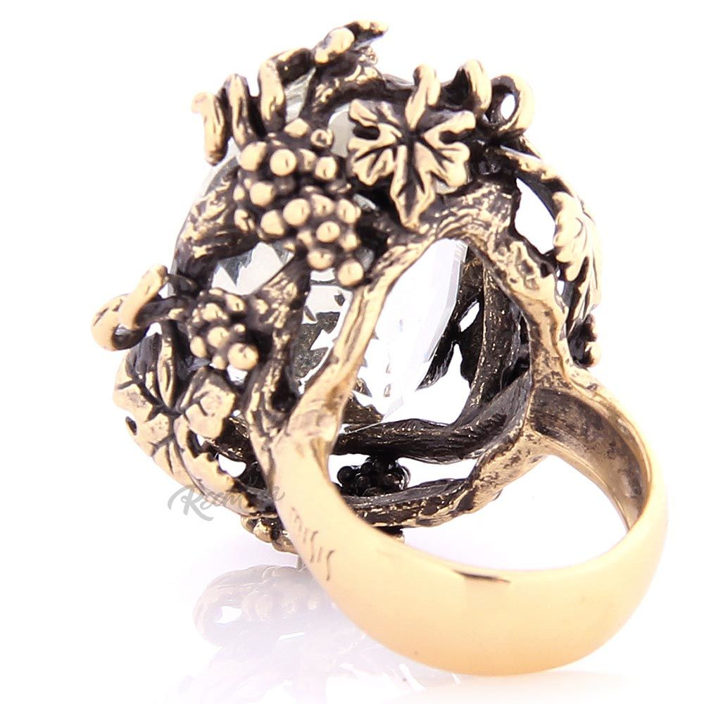 Перстень Misis Champagne с крупным обсидианом