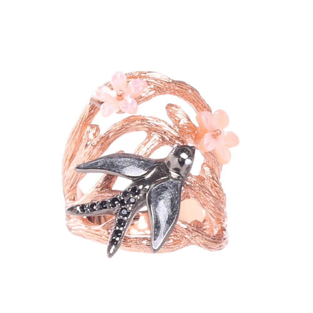 Позолоченное кольцо Misis Hanami с ласточкой и цветами