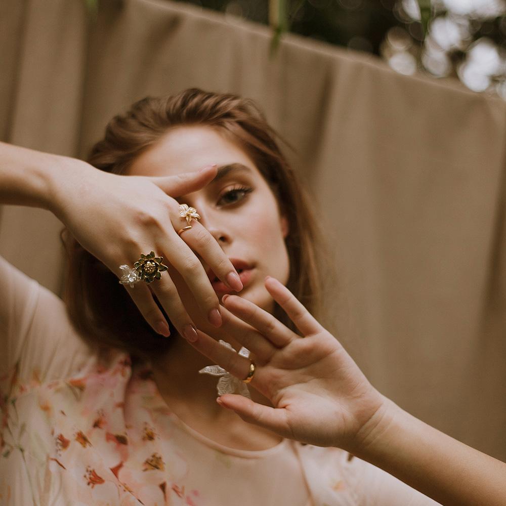Женское кольцо Misis Marisol с орхидеей