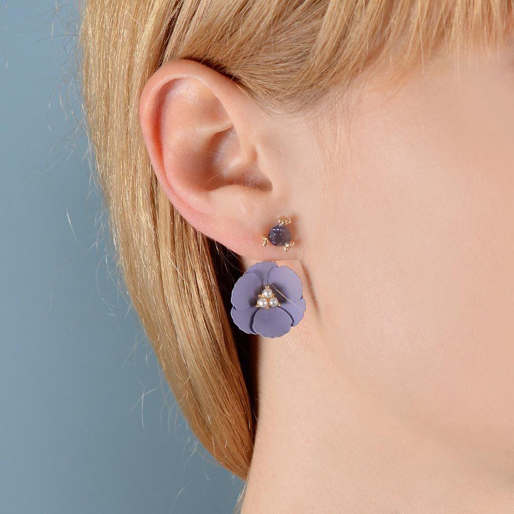 Серьги-пусеты Jewels с кристаллом и цветком нежно-лилового цвета