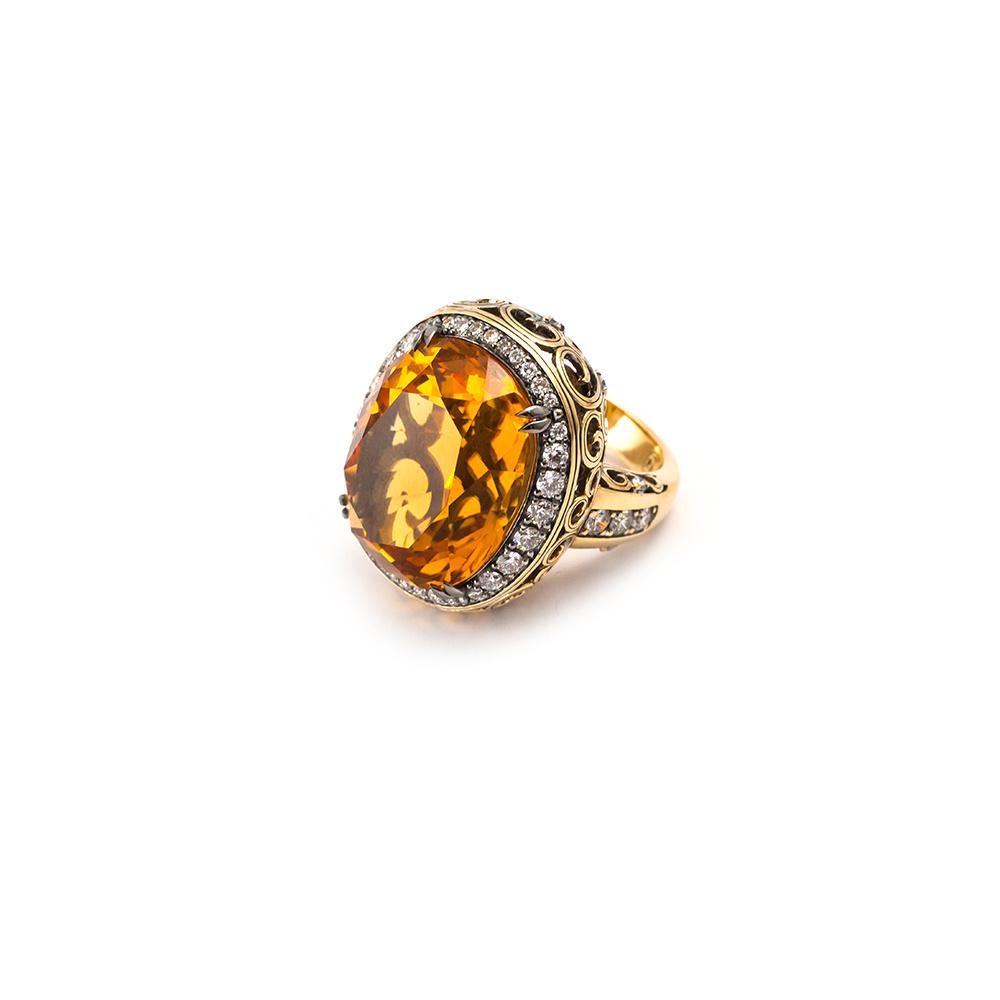 Кольцо из желтого золота с бриллиантами и цитрином