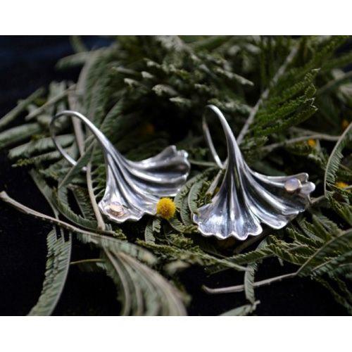 Серебряные серьги Grey Гинкго