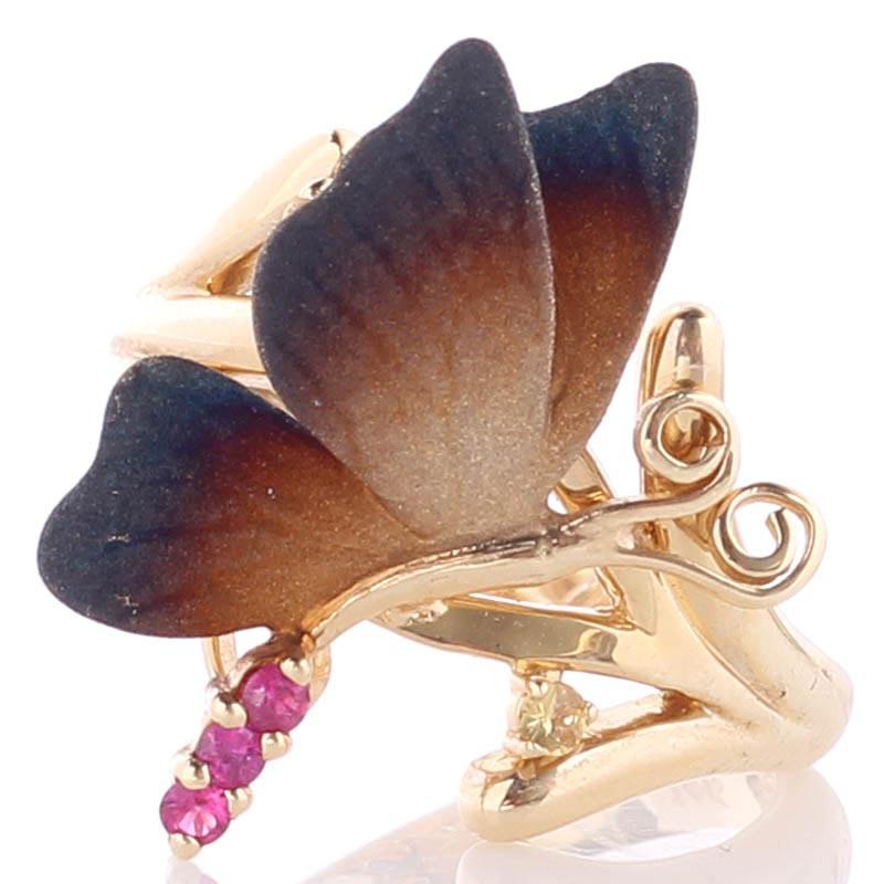 Золотое кольцо Roberto Bravo Global Warming с маленькой бабочкой и красными сапфирами