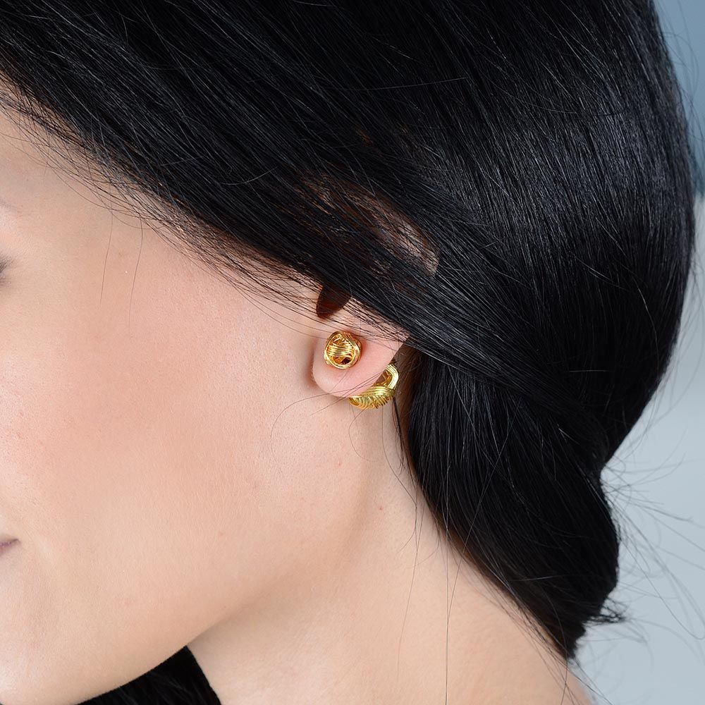 Серьги-пусеты Jewels в виде клубка из золотых нитей