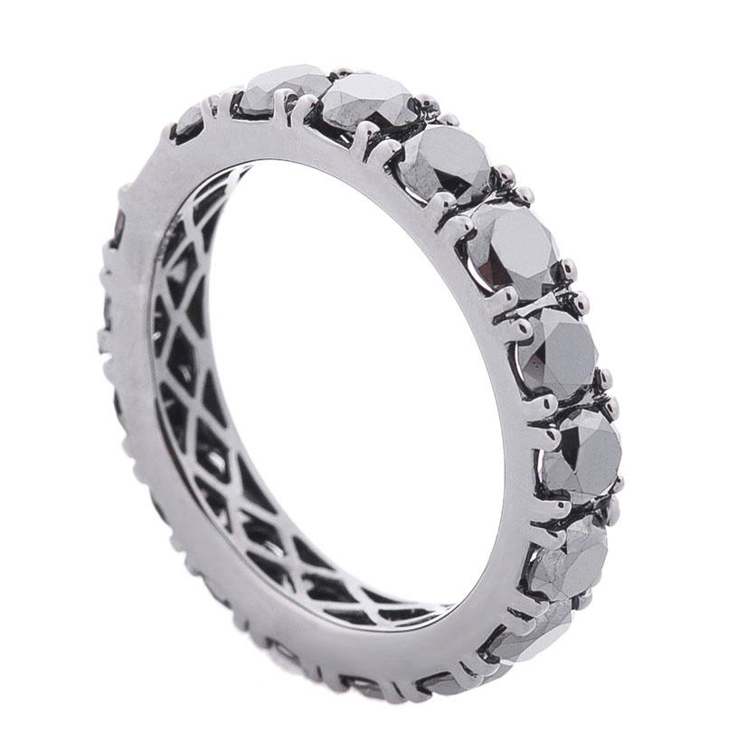 Золотое кольцо Оникс с черными бриллиантами