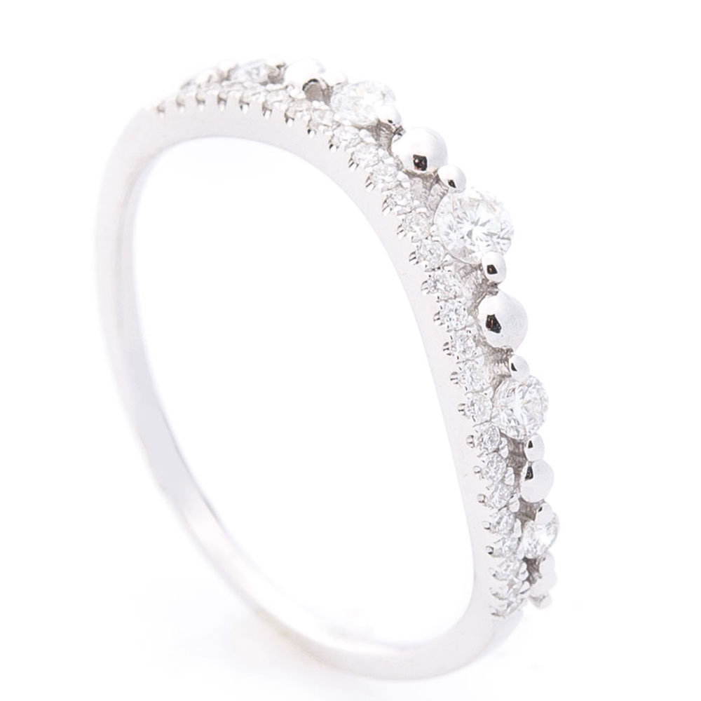 Волнообразное кольцо Оникс с бриллиантами