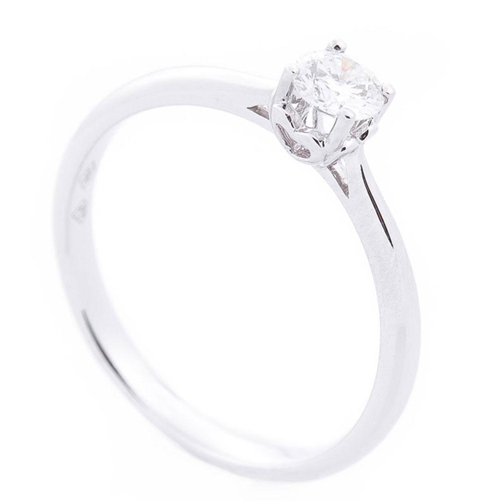 Кольцо из белого золота Оникс с бриллиантом белого цвета
