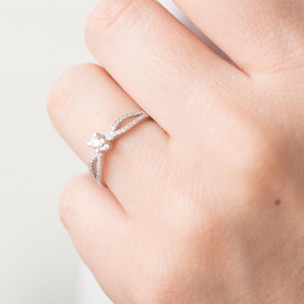 Кольцо с бриллиантами Оникс из белого золота