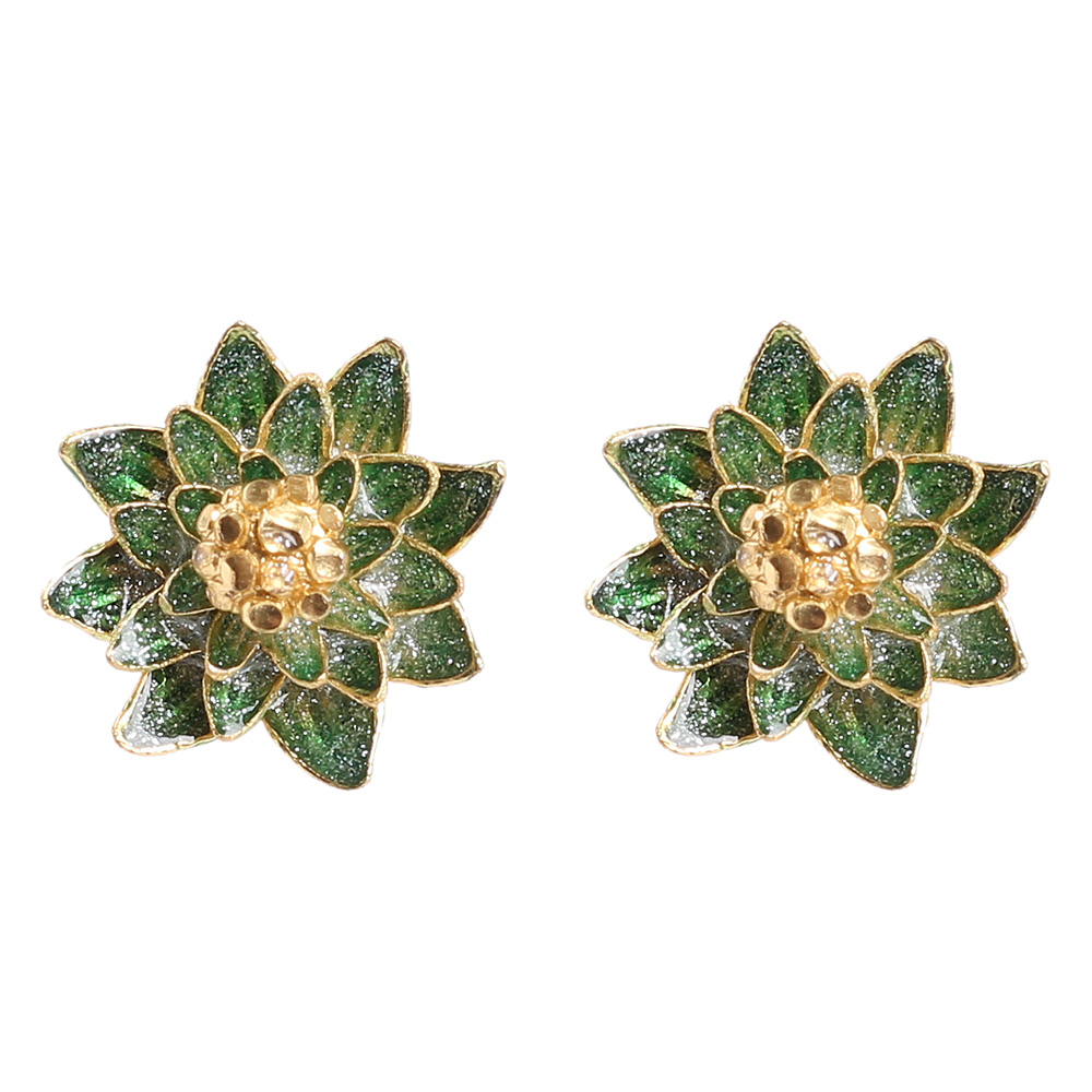 Серьги-пусеты Misis Geisha в форме цветка с эмалью зеленого цвета