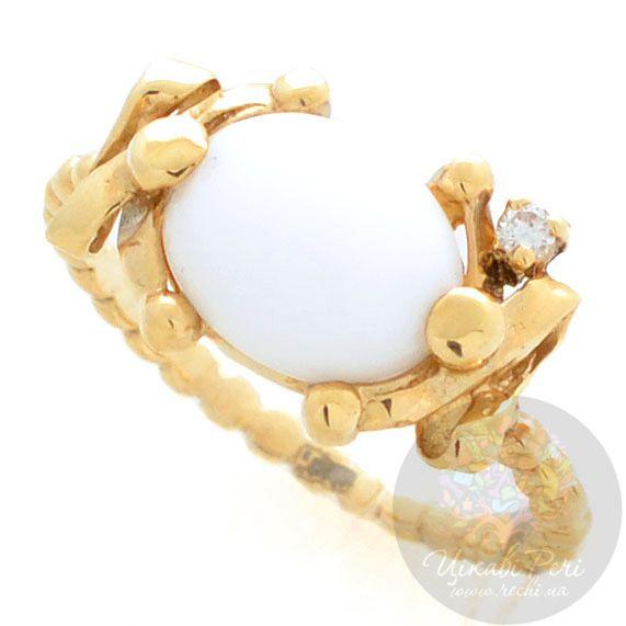 Кольцо Roberto Bravo White Dreams золотое с бриллиантом и овальным агатом
