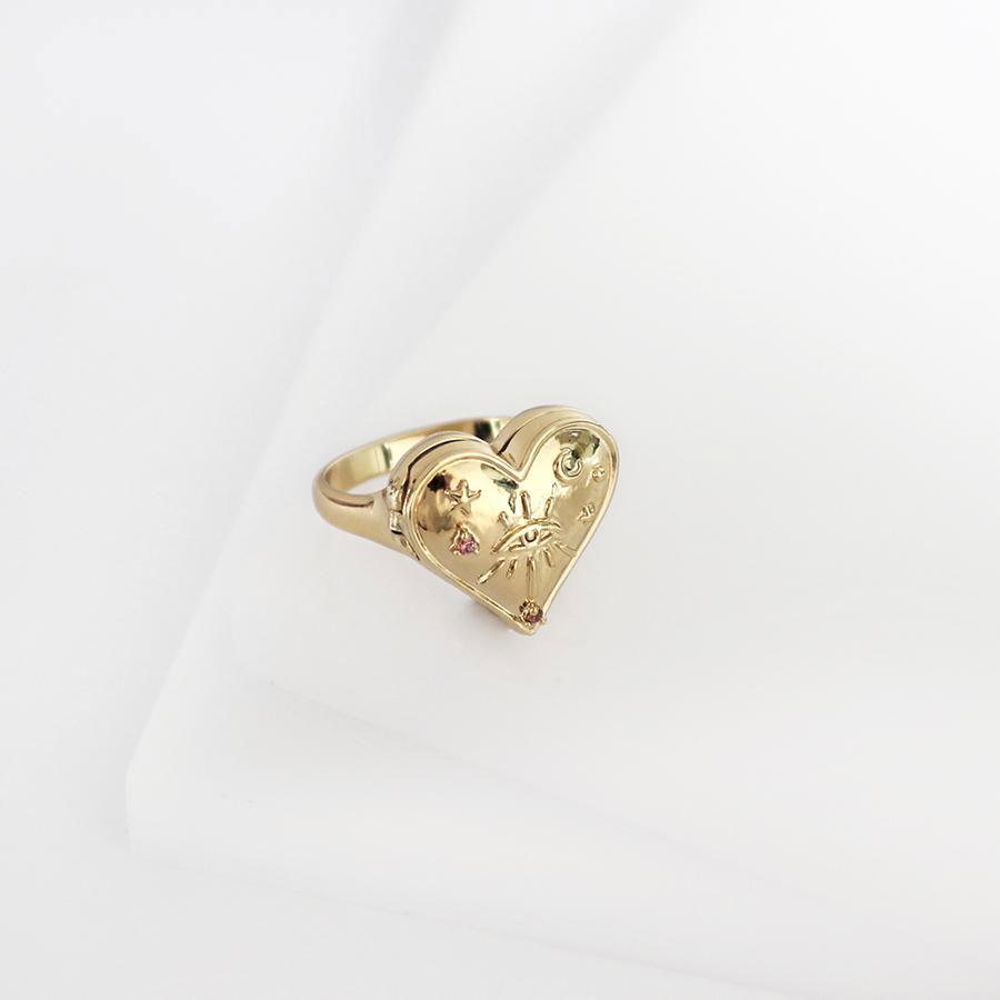 Перстень-медальон Wanderlust + Co Wild at Heart Harlow Locket