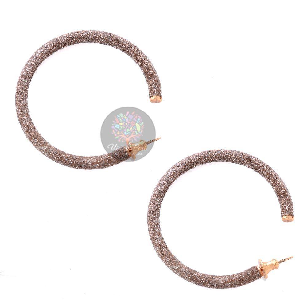 Большие позолоченные серьги-кольца Pesavento в темно-бежевой карбоновой крошке
