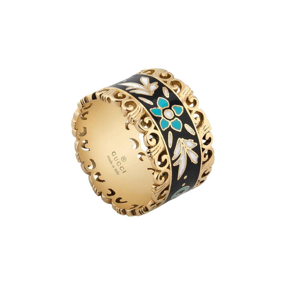 Широкое кольцо Gucci Icon из желтого золота с белым цветочным принтом