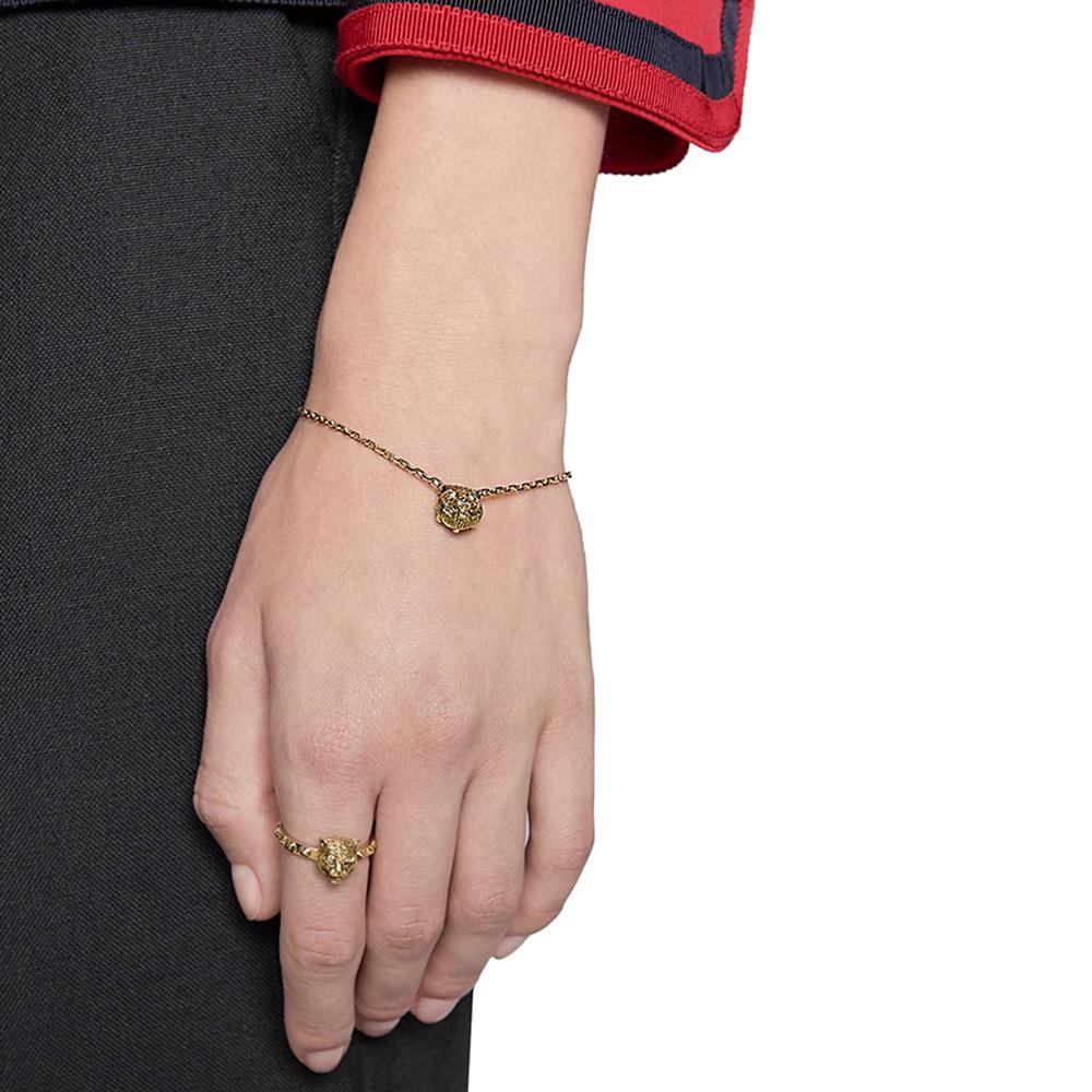 Золотое кольцо Gucci Le Marche des Merveilles в виде кошки с бриллиантовыми глазами