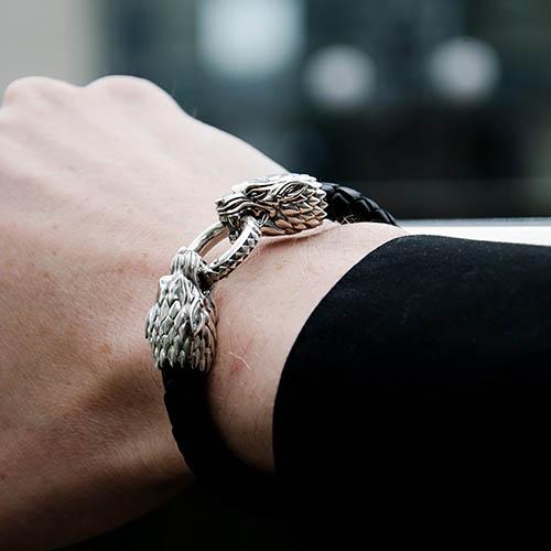 Кожаный браслет TOTEM Adventure Jewelry Wolf с двумя волками, фото