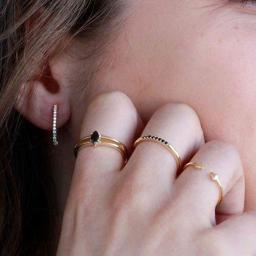 Серьги Aran Jewels с позолотой в виде тонких колец с цирконами, фото