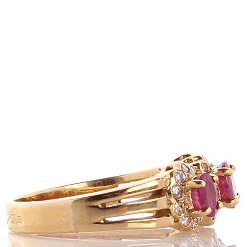 Колечко с тремя цветочками из рубинов и бриллиантов в желтом золоте, фото