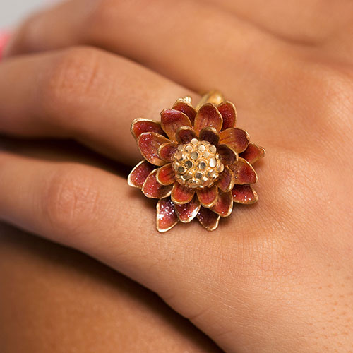 Позолоченное кольцо Misis Geisha с цветком, фото