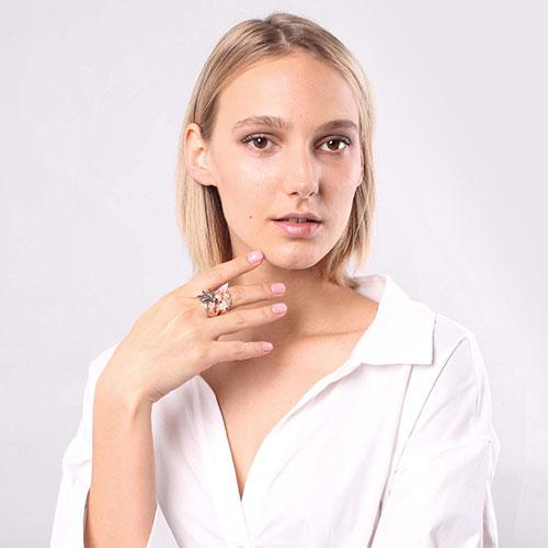 Широкое кольцо Misis Hanami с камнями, фото