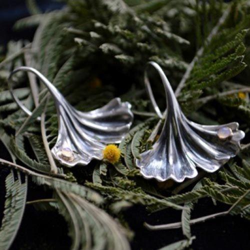 Серебряные серьги Grey Гинкго, фото