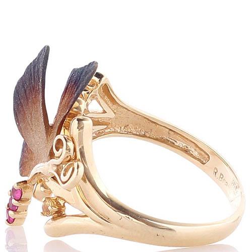 Золотое кольцо Roberto Bravo Global Warming с маленькой бабочкой и красными сапфирами, фото