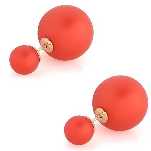 Красные матовые асимметричные серьги-гвоздики, фото