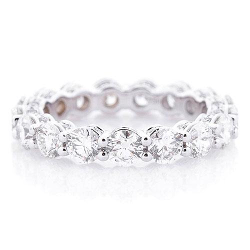 Золотое кольцо Оникс с бриллиантовой дорожкой, фото