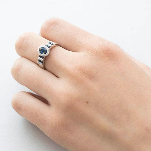 Кольцо золотое с сапфирами и бриллиантами, фото