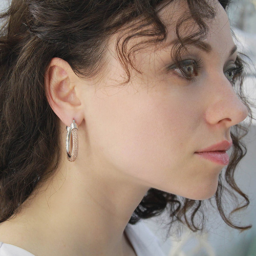 Серьги из серебра Elisabeth Landeloos круглой формы, фото
