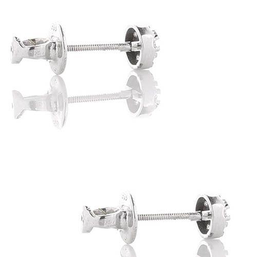 Маленькие серьги-пусеты с бриллиантами, фото