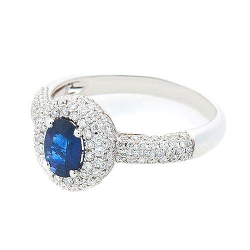 Золотое кольцо Оникс с синим сапфиром и бриллиантами, фото