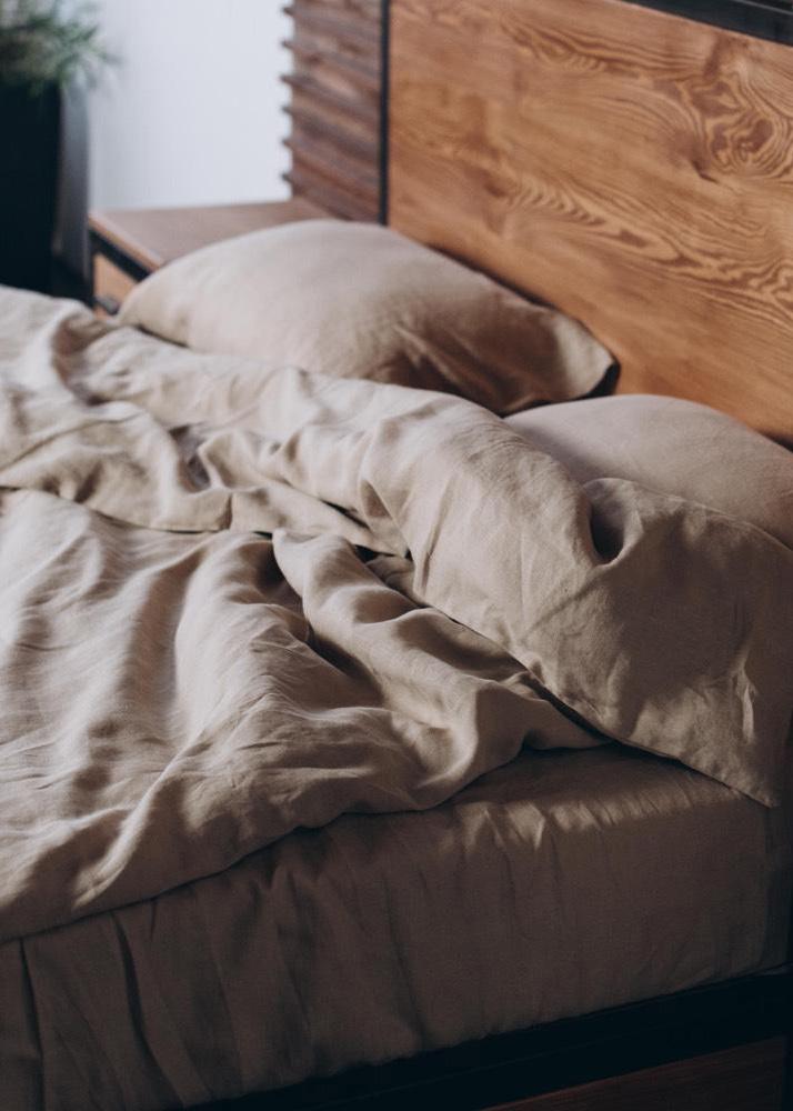 Комплект постельного белья Home me Миндаль с молоком из льна бежевого цвета