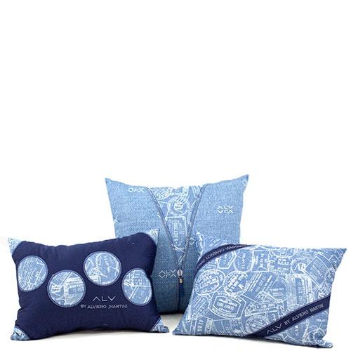 Декоративная подушка Bic Ricami голубого цвета с набивным рисунком, фото