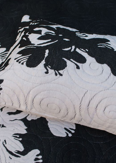 Покрывало черное Villa Grazia Sheila Premium с орнаментом, фото