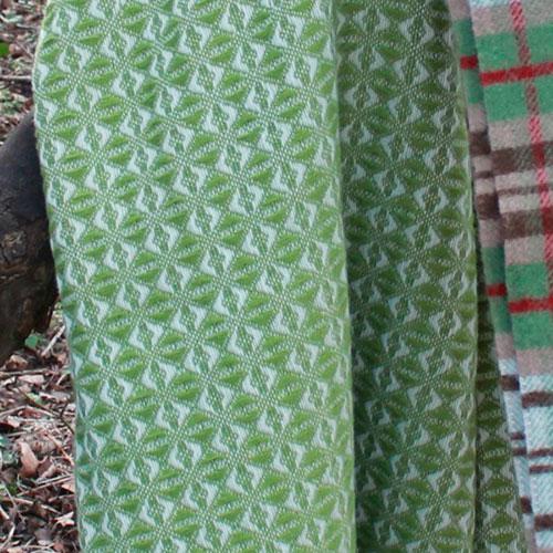 Плед Tweedmill Cob Weave оливкового цвета, фото