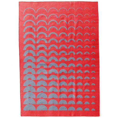 Плед Woolkrafts двусторонний красно-серый с орнаметом, фото