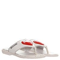 Сланцы из кожи белого цвета  Moschino с фирменным сердечком, фото