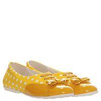 Туфли из текстиля желтого цвета в горошек с лаковым носочком Moschino с декоративной шнуровкой, фото