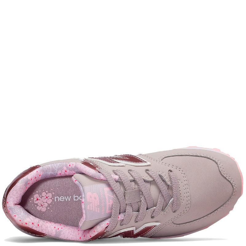 Серые кроссовки New Balance 574 фиолетового цвета