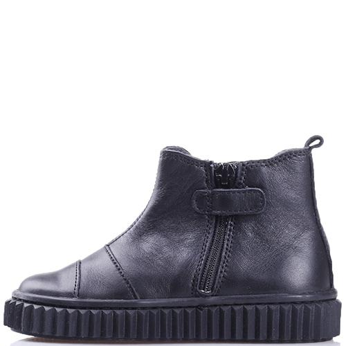 Черные ботинки Naturino со стразами на резинке, фото