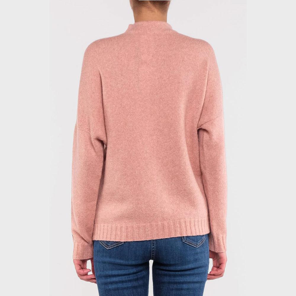 Розовый свитер Emporio Armani с логотипом на рукаве