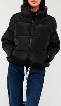 Черная куртка Twin-Set с горизонтальной стежкой, фото