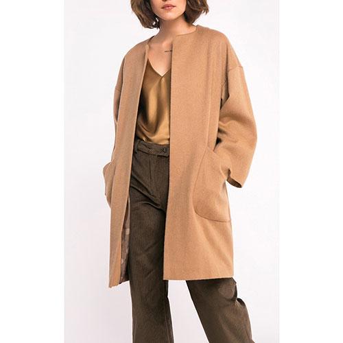 Бежевое пальто оверсайз Shako с широкими рукавами, фото
